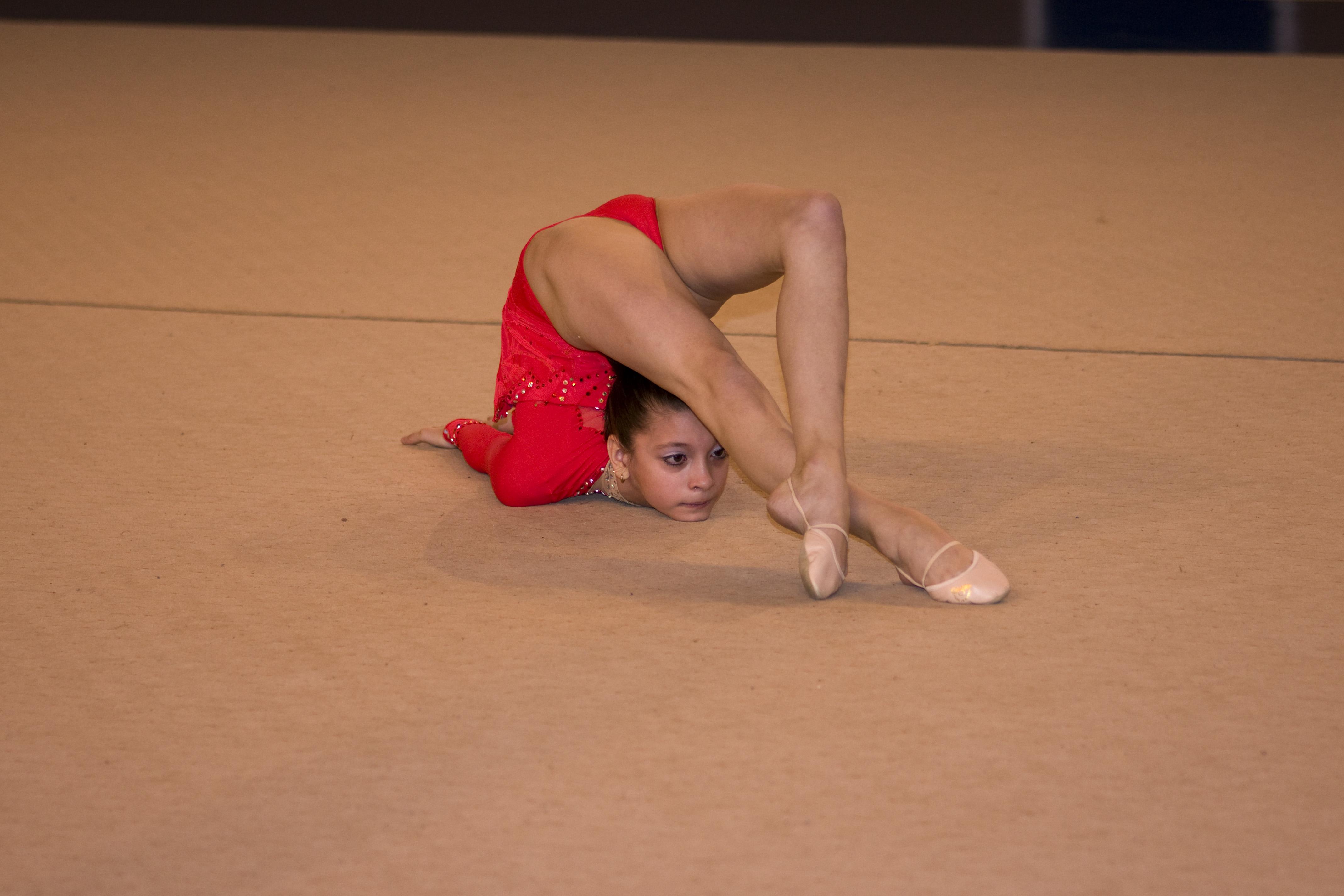 видео гимнастика девушки так